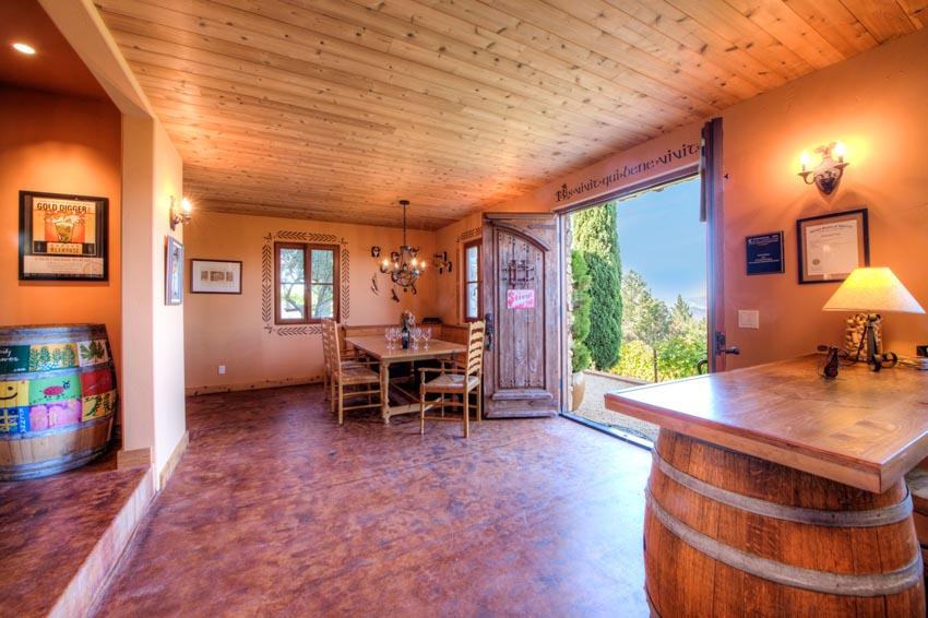 2110 Diamond Mountain Road wine tasting room